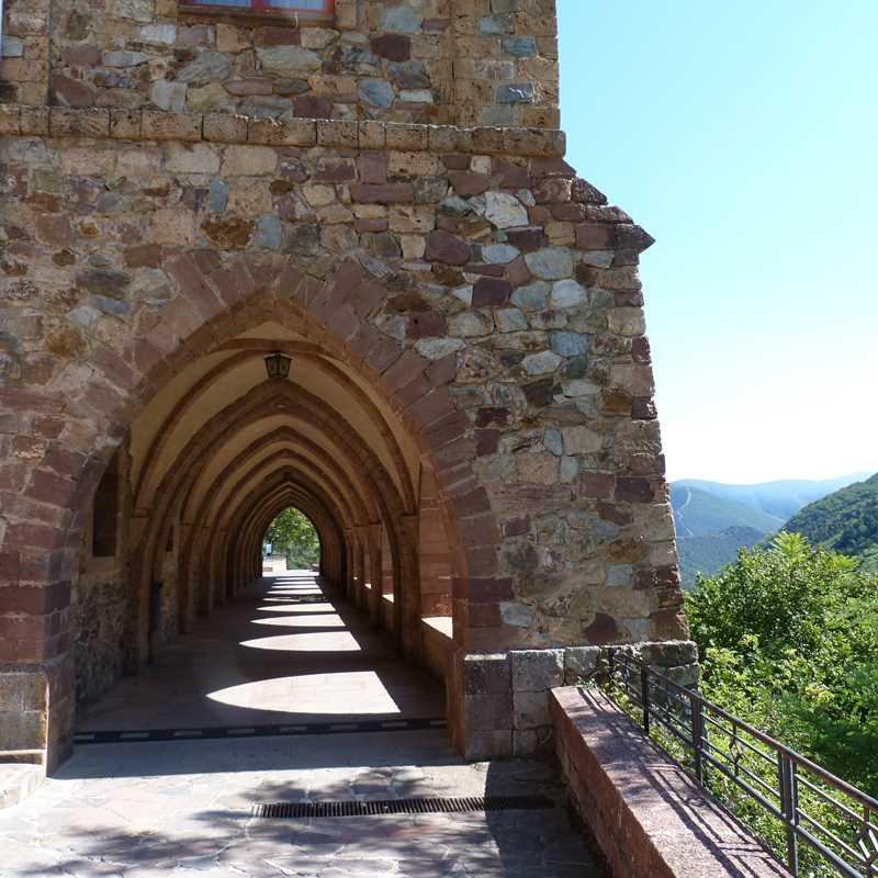 Monasterio de Valvanera, lugar de leyendas y hermosos paisajes