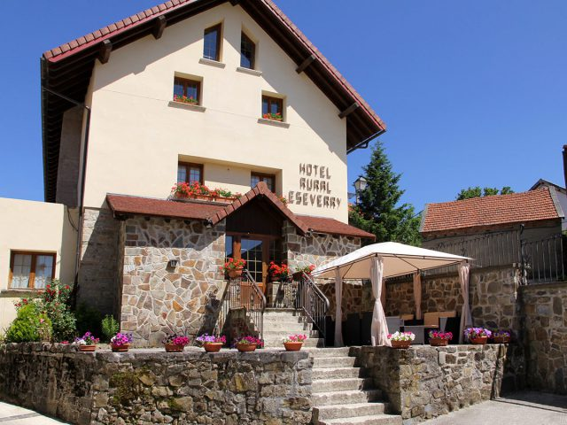 HOTEL RURAL ESEVERRY